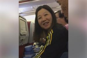 中港夫婦坐港航遊泰國 笑笑口偷走飛機餐具證據確鑿