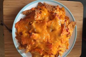 邪惡宵夜小食!免焗爐10分鐘製墨西哥玉米片Nachos