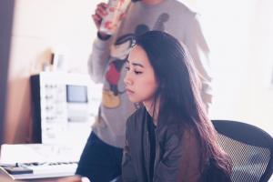 吳雨霏回歸樂壇推出新歌《Come with me》