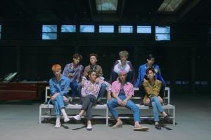 EXO新碟預購破紀錄80萬張 新MV成員Kai騷肌晒舞技