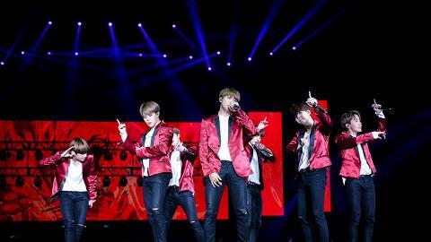 韓國男團BTS亞博熱唱兩小時 首場完整歌單即時重溫