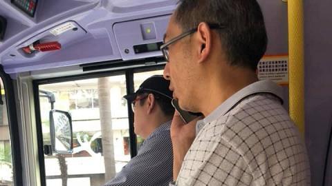 乘客為2蚊車費不厭其煩打電話追討 巴士司機:唔知以為爭你廿萬