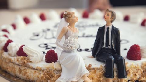 拍拖到結婚不曾網上放閃 網民開心post兄弟合照激嬲老婆感不解:係咪佢小器?