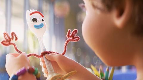 【反斗奇兵4】迪士尼落實推出Toy Story外傳 新角色小叉Forky得意視角看世界