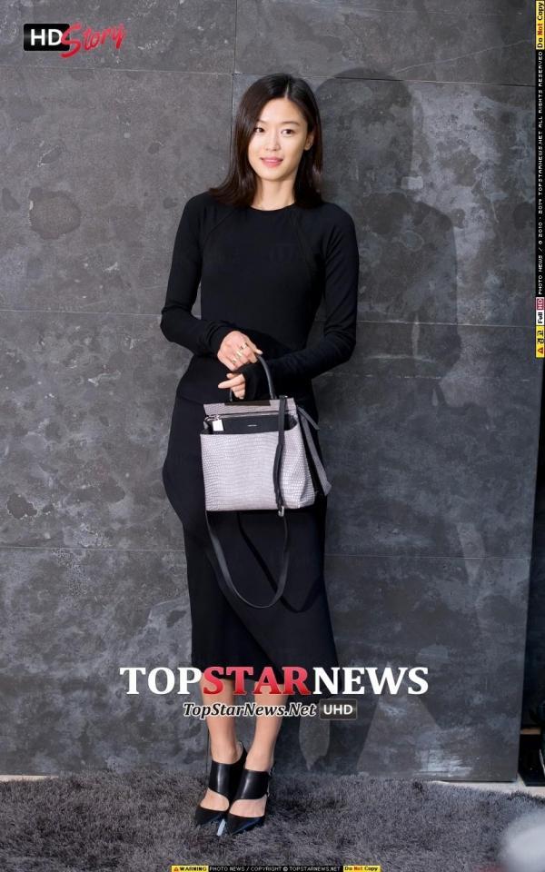 全智賢清爽短髮look 來源:TOPSTARNEWS & Dispatch