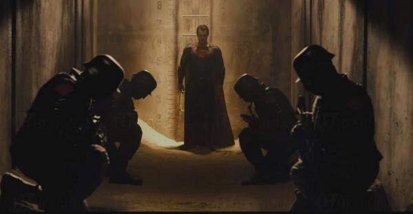 蝙蝠俠對超人:正義曙光(圖:YouTube)
