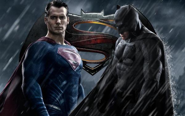 蝙蝠俠對超人:正義曙光(圖:schmoesknow)