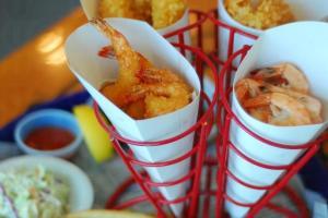 這份四合一口味的 Shrimper's Heaven 。($188)是最抵食之選,個人最愛灼凍蝦配特選漿汁。