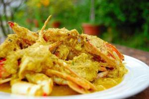 咖喱炒蟹惹味非常,充滿東南亞風情。