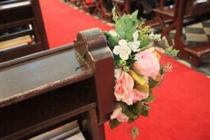 教堂經常有新人舉辦婚禮,幸福感覺滿瀉。