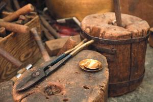 陸炳記的工具,都有80年歷史了。