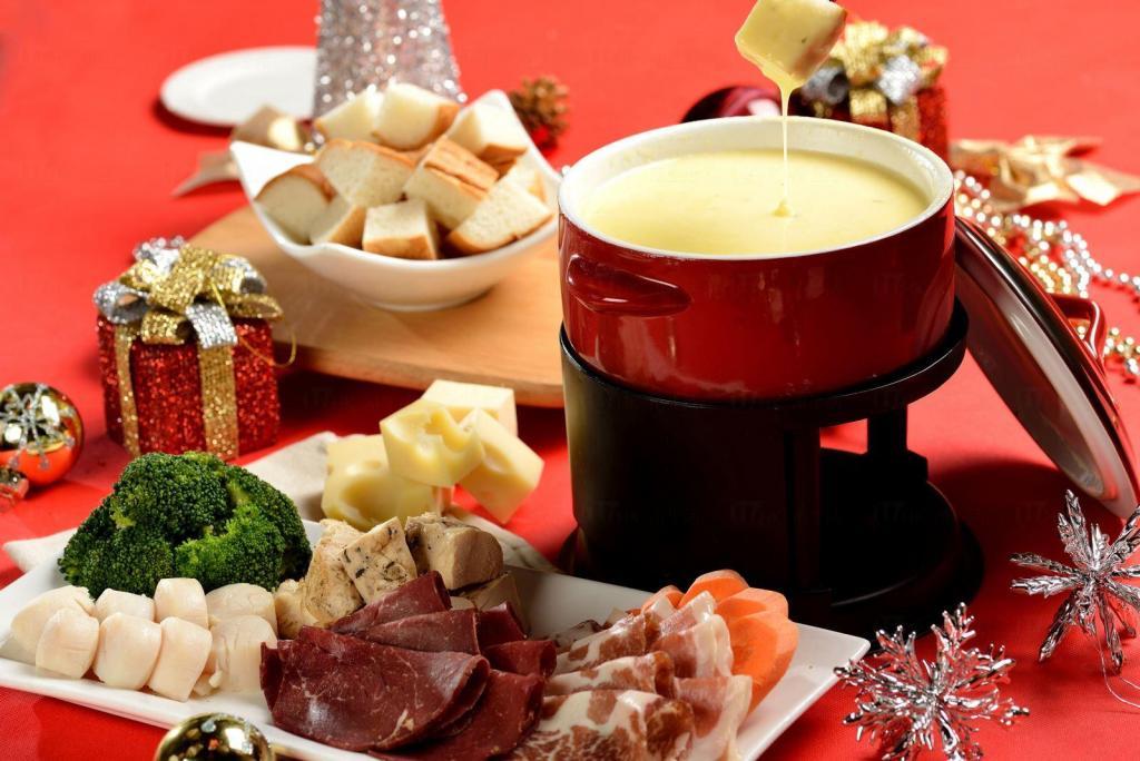 麗豪酒店「火熱聖誕盛宴」自助餐75折