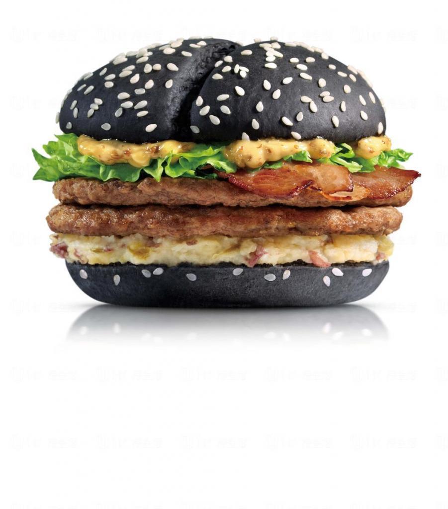 黑、白漢堡經典回歸 麥當勞推出黑白系列美食