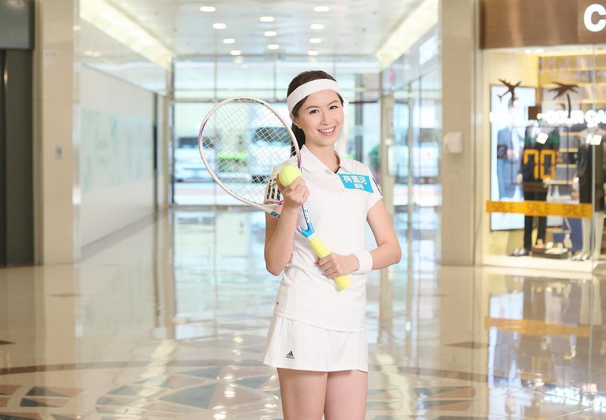 全港首個商場室內網球場 免費學打網球