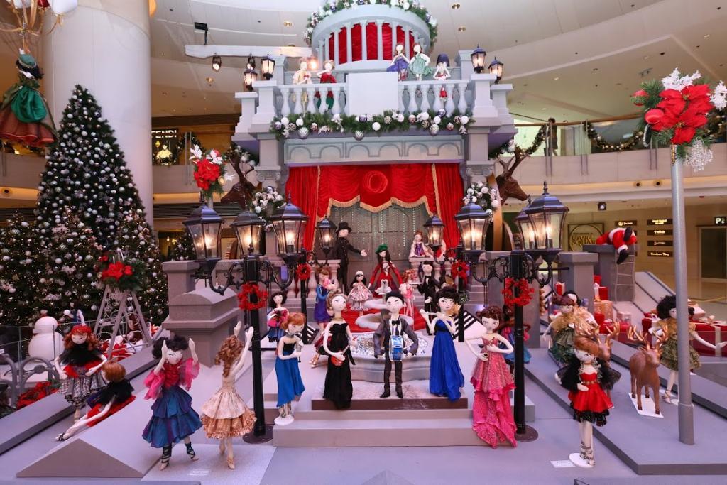 逾百個Kouklitas聖誕娃娃 首度進駐ELEMENTS