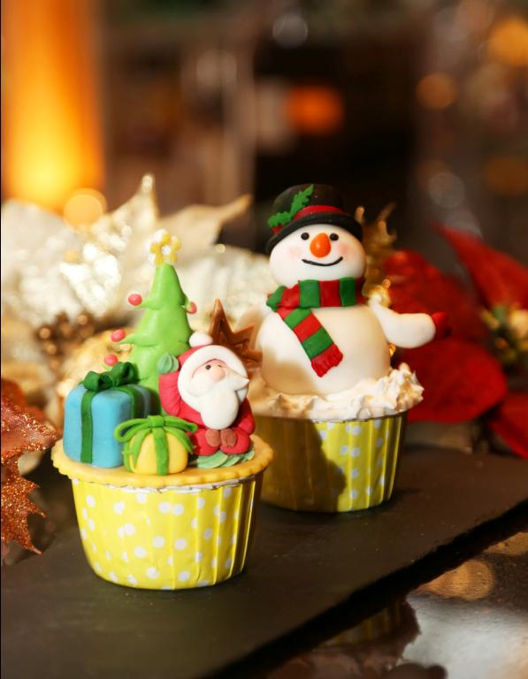 天際100迎接聖誕!高空Cupcake工作坊及下午茶