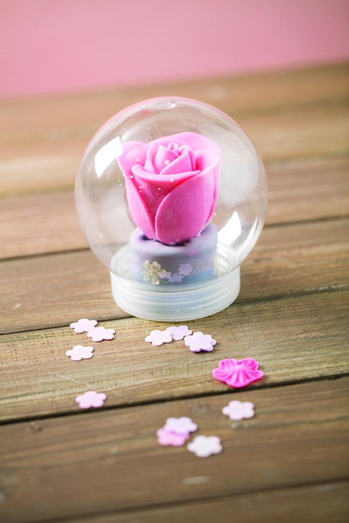 水晶球中的Love Rose!Make it情人節限定雪糕玫瑰花