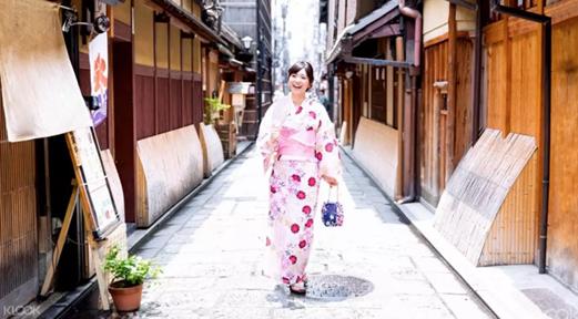 著浴衣玩日式遊戲!銅鑼灣街頭櫻花祭