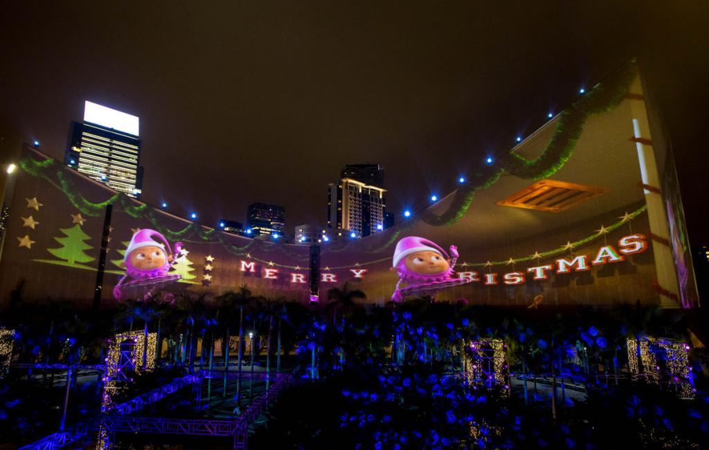 維港3D光影匯演換新look 推出聖誕精靈主題