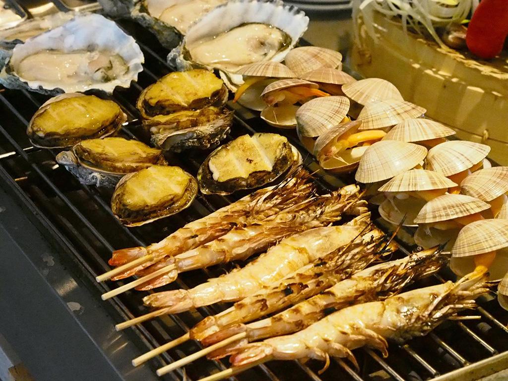 同行免費食!銅鑼灣人氣海鮮自助餐周年優惠