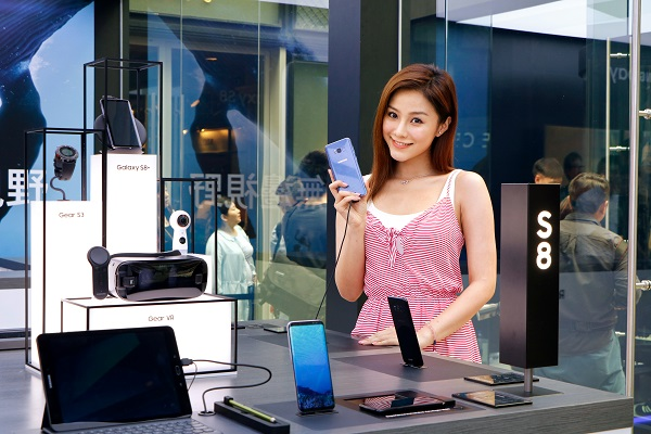 約齊班friend潮玩 Galaxy S8 + 體感VR