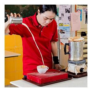「金茶王」的港式奶茶製作秘技 ─ 示範 x 嚐味 x 體驗