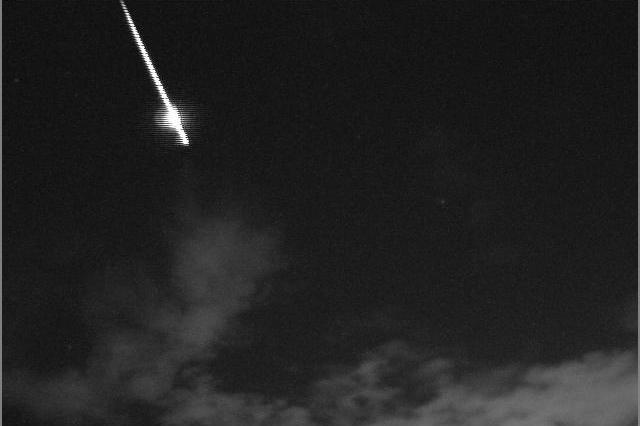 英仙座流星雨周六上演!高峰期每小時達150顆