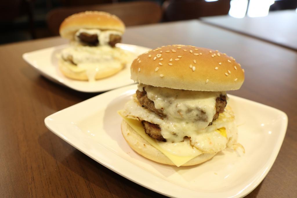 二哥主理時新漢堡飽黃埔開店 港式漢堡包$20起