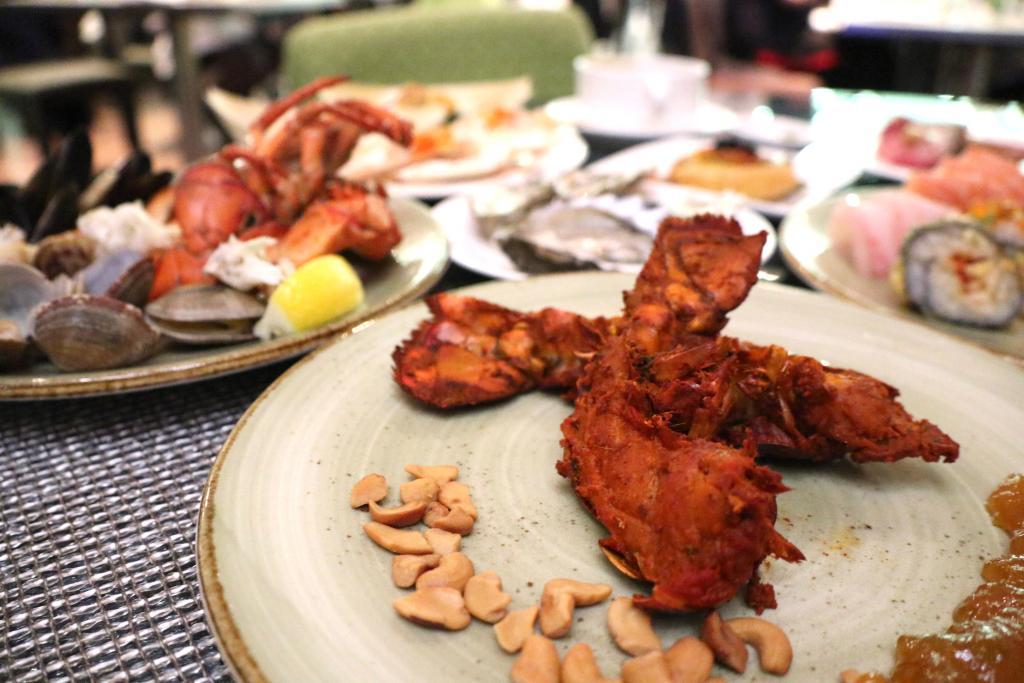 尖沙咀龍蝦主題自助餐回歸 任食多款龍蝦料理+即開生蠔