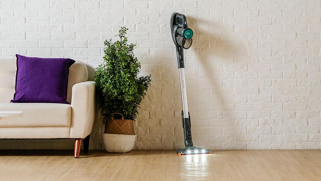 年末必備清潔神器  CP值取勝Philips SpeedPro無線吸塵機