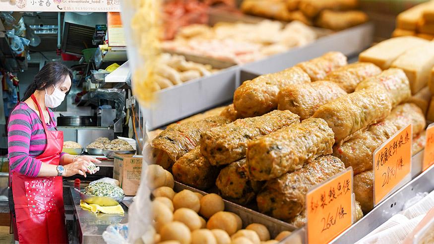 【上水美食】上水街市$28手打墨魚卷 足料抵食 堅持用新鮮油炸!日賣1500隻餃子雲吞 口味選擇多