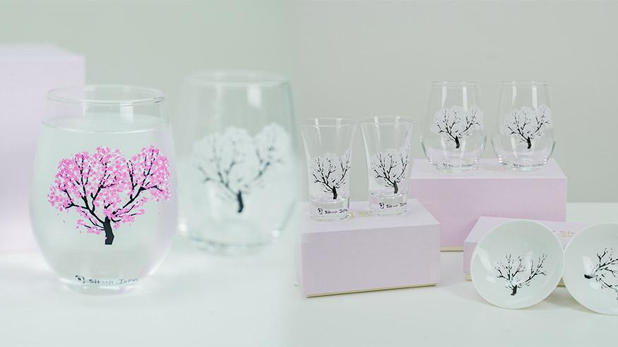 【網購日本手信】香港買到日本櫻花冷感變色杯 超治癒!倒水漸變出滿滿粉紅櫻花!玻璃杯/清酒杯