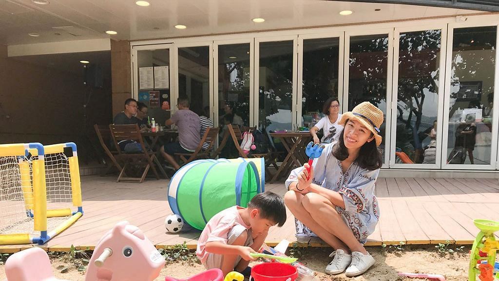 【馬灣好去處】馬灣沙灘遊樂場主題餐廳!芬蘭式Cafe/玩沙玩水