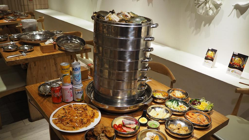 【紅磡美食】韓式蒸鍋店新推9層海鮮塔半自助餐 任食韓式炸雞/醬油蝦/炒年糕