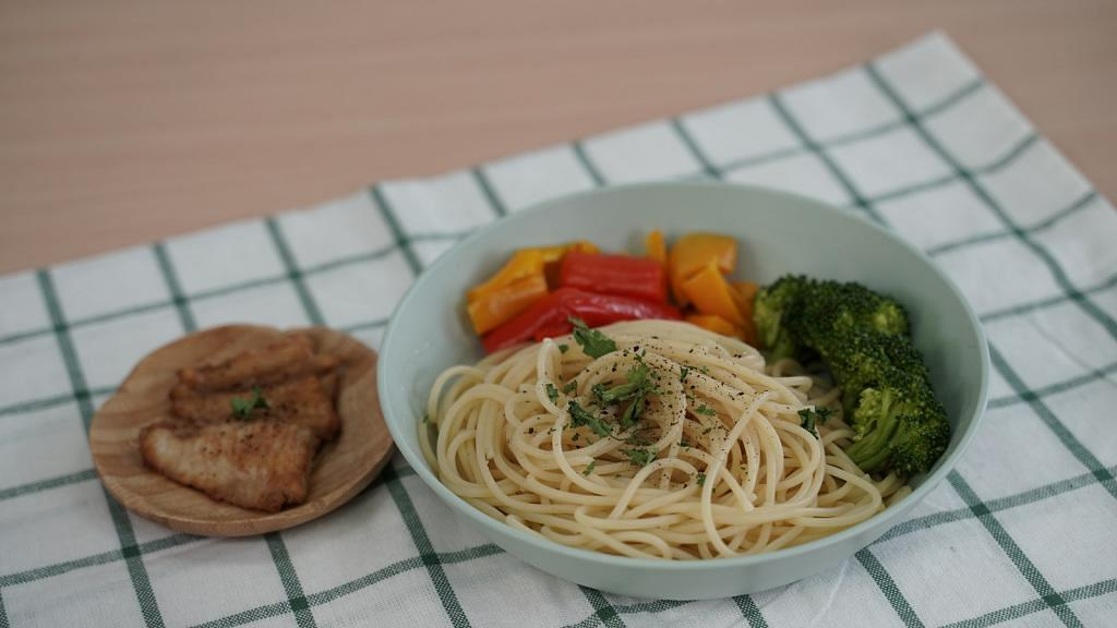 Aeon$12店4款微波爐煮食用具推介!10分鐘無火快速煮燒魚/燒肉/蔬菜/意粉/拉麵