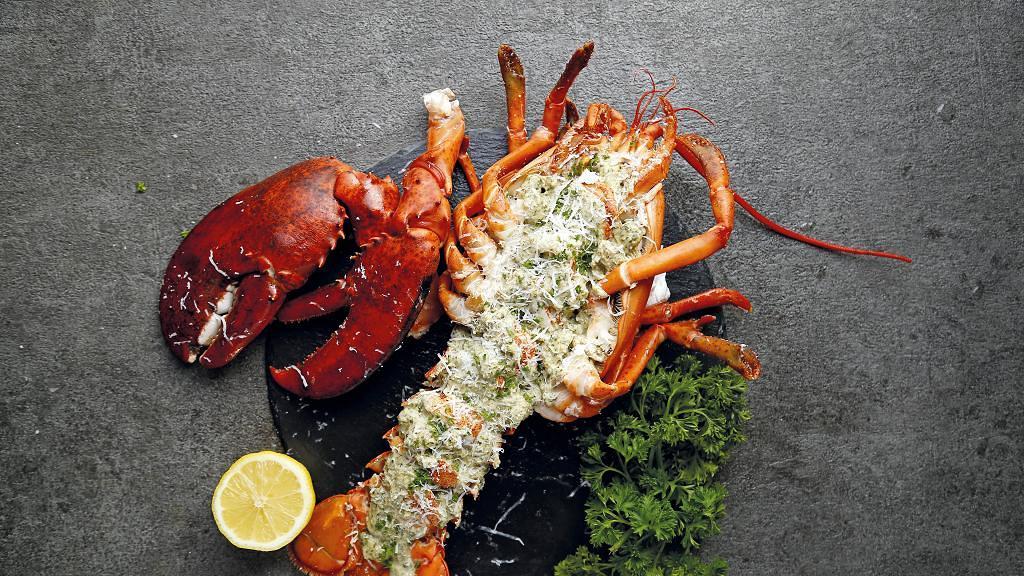 RED LOBSTER推出$1超值牛扒優惠 點任何活龍蝦菜式即可$1追加七安士西冷牛排