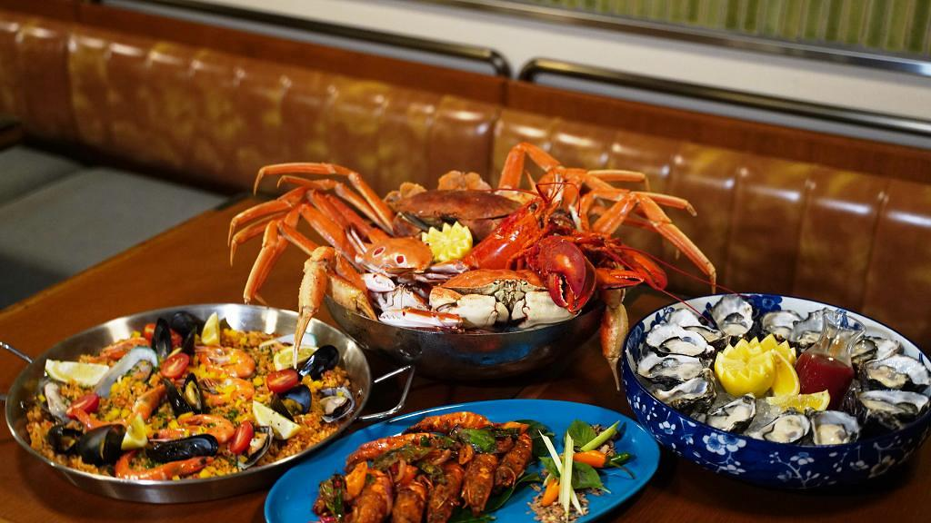 佐敦逸東酒店普慶餐廳全新海鮮主題自助餐 午市第二位半價!任食達5款螃蟹/生蠔/波士頓龍蝦