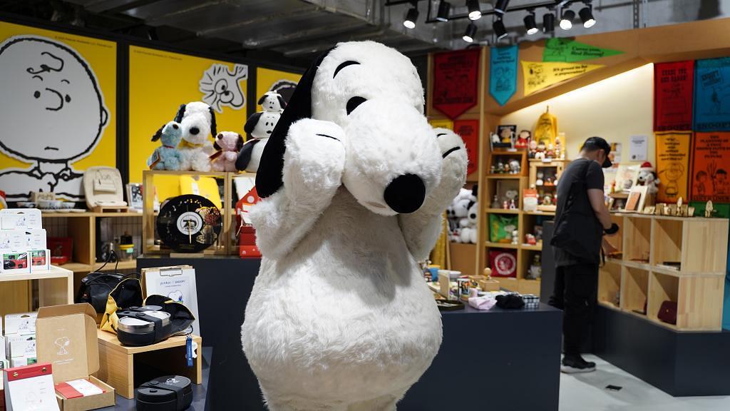 【荃灣好去處】Snoopy期間限定店登陸荃灣 70週年主題公仔/杯/日曆/飯盒