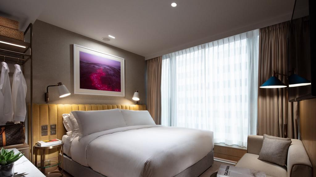 【酒店優惠2021】灣仔新酒店The Hari限時住宿優惠!英倫風設計酒店/雲石浴室每晚人均$605起