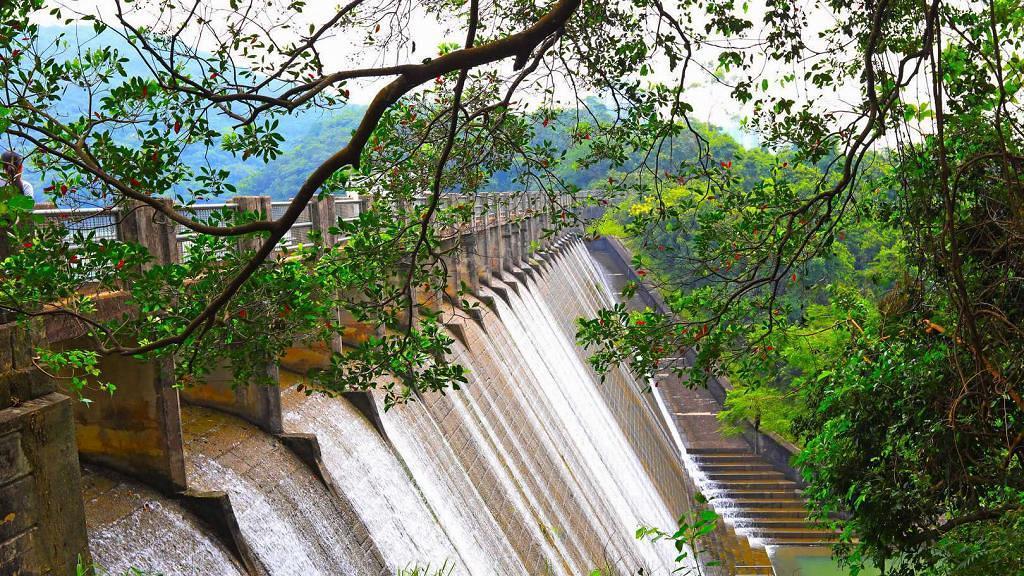 【郊遊好去處】香港仔水塘簡單行山路線推介!短程易行到訪百年歷史古蹟水壩