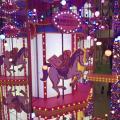 荃灣變身夢幻粉色鏡房 LED彩燈旋轉木馬/2大插畫場景
