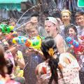 【荔枝角好去處】一連6日香港潑水節4月回歸!街頭水戰/泰國美食展/翟道翟市集