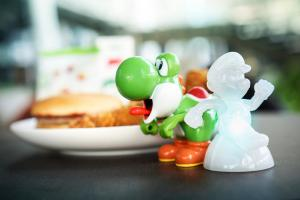 麥當勞免費有得換 一系列8款Mario玩具公仔!
