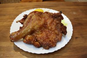 元朗新開街坊小店 食肉獸之選超巨型外脆內軟雞髀飯