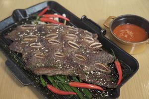 【旺角美食】旺角酒店推牛主題自助餐 食勻燒和牛