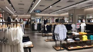 九龍灣8千呎日韓系服裝家品店 袋$49/Tee$39/一字膊$79