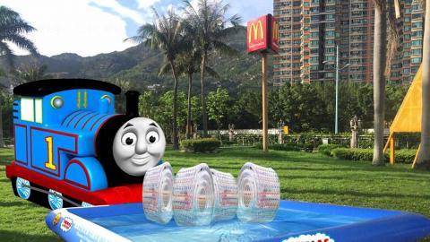 20米Thomas & Friends充氣水池 黃金海岸有得玩!
