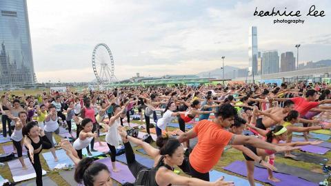 中環新海濱戶外瑜伽節 免費學瑜伽