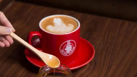 限時買1送1!Pacific Coffee全新楓糖系列咖啡