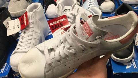 尖沙咀波鞋開倉!Adidas$90/Vans$160/Stan Smith$490